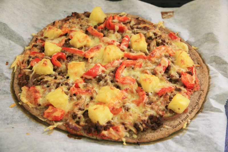 beef & pineapple pizza