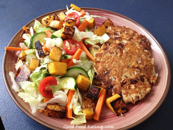 salmon-cakes-and-pumpkin-salad