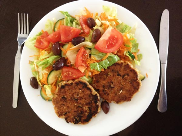 salmon-cakes-and-salad